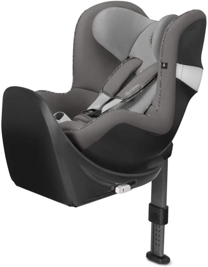 Ce siège auto Cybex Sirona M2 est de couleur grise.