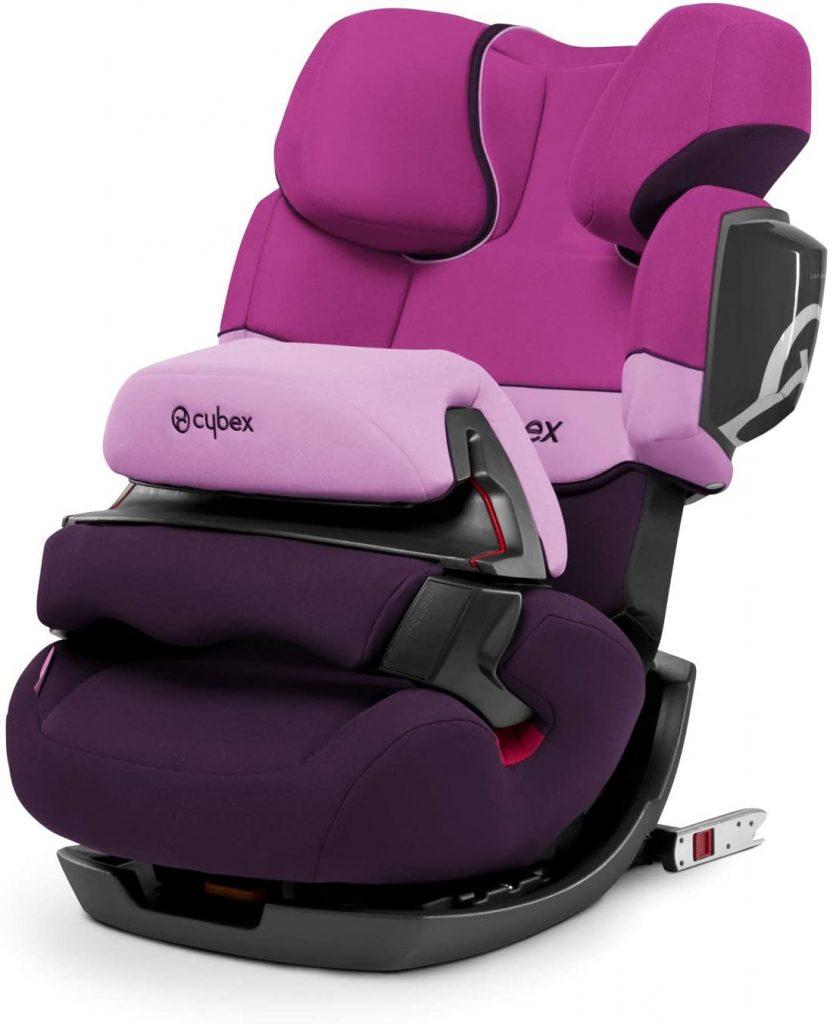 Ce siège auto Cybex Pallas 2 Fix est de couleur rose.
