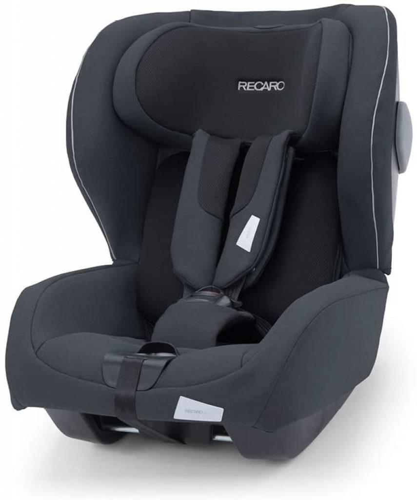 Le siège auto Kio i-size convient jusqu'à 105 cm.