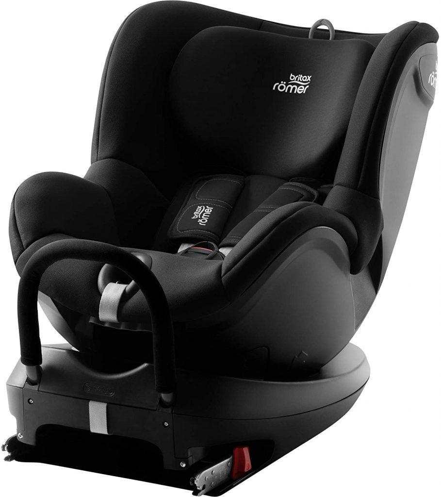 Ce siège auto pivotant Britax Dualfix est noir.